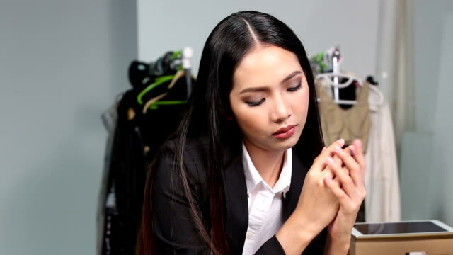 Lotion on her Hands to make clean moisturizing skin, concept organize and good secretary video