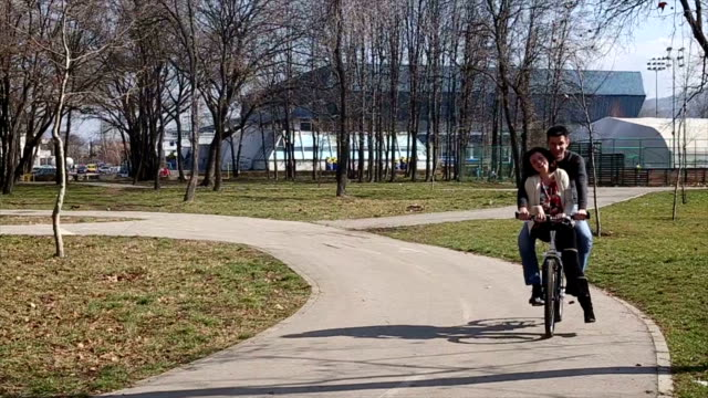 love couple on bicycle video