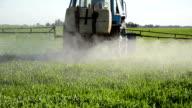 machine fertilize field video