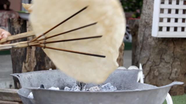 making Kaokrieb rice cracker Thai snack video