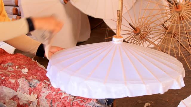 Making traditional  Umbrella video