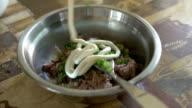 making tuna mayonnaise video