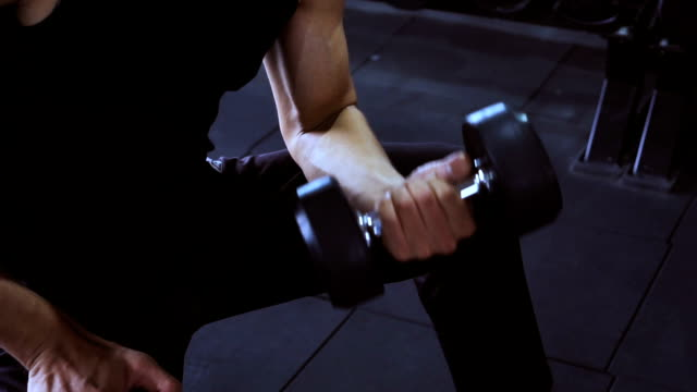 man exercising at the gym, Video slow motion video