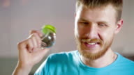Man plays music shake peppercorn in glass jar video