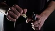 MS Man refilling electronic cigarette cartridge video