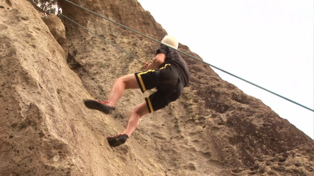 Man Repelling / Abseilling - HD & PAL video