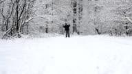 Man skiing video