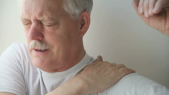 man with painful shoulder video