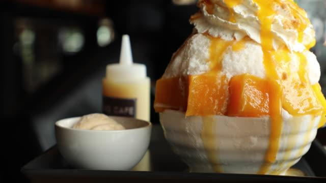 Mango dessert video
