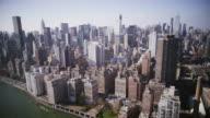 HD VUE AÉRIENNE: Manhattan depuis l'East River - Vidéo