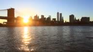 Manhattan Skyline and Brooklyn Bridge at Sunset, HD Video video