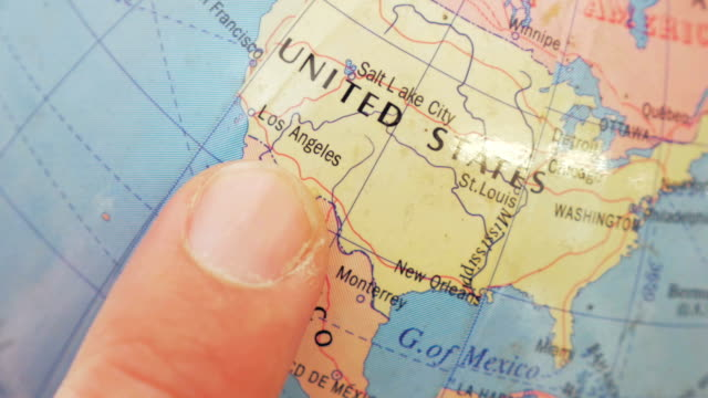 Map of the United States on the globe,Close-up video
