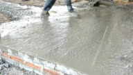 Mason building a screed coat cement, format 1920x1080p. video