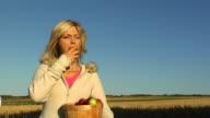 Meadow Apple Girl video