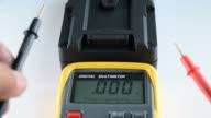 Measuring DC voltage. video