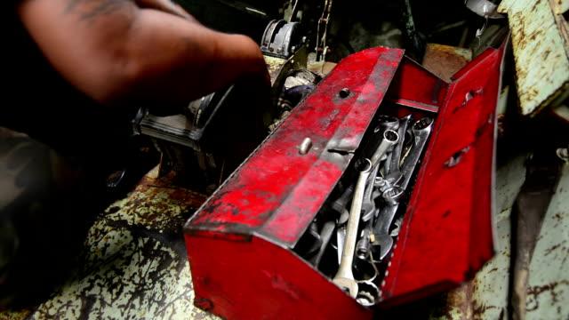 Mechanic video