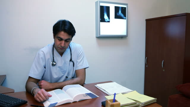 Medical Student video