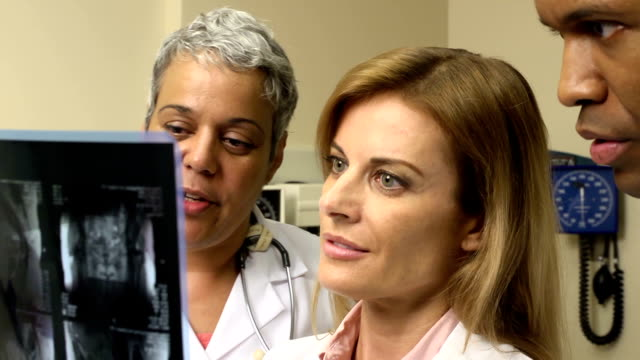 Medical Team Study X-ray - CU Middle Multi Clip video