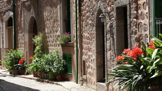 Mediterranean houses video