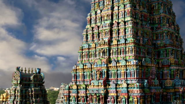 Meenakshi hindu temple in Madurai, Tamil Nadu, South India video
