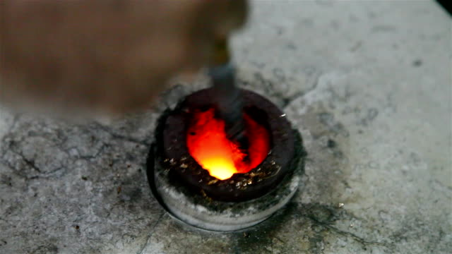 melting metal chips in the oven video