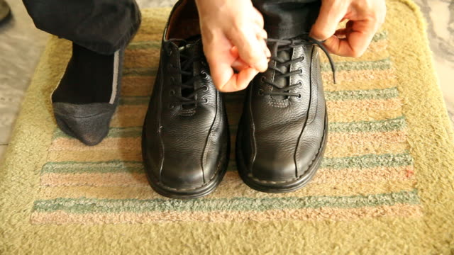 Men wear leather shoes video