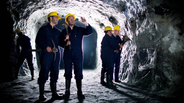 Men working at a mine video