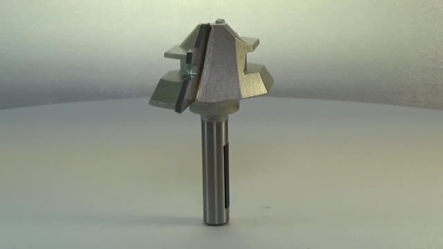 Milling cutter and router bit. 45 lock miter bit video