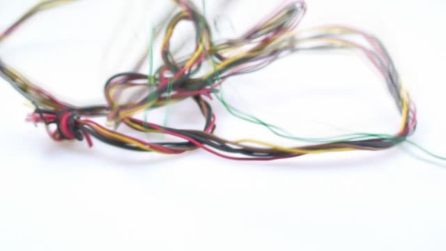 Milticolor wire video