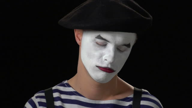 Mime Money 2 - Fanning Close Up video