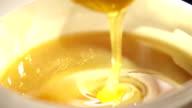 Mixing of golden honey video