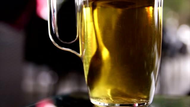 Мixing tea video