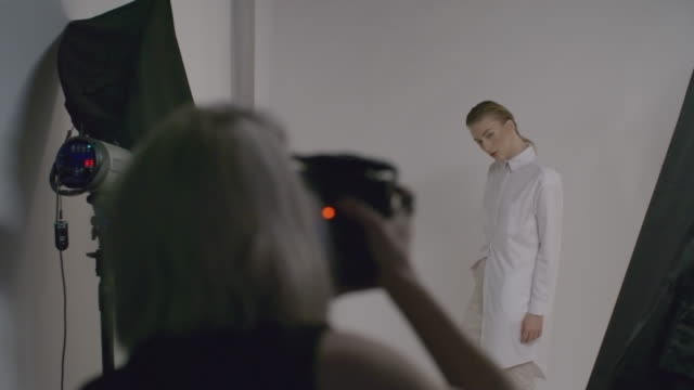 Model Posing for Camera video