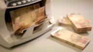 Money 03 video