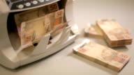 Money 04 video