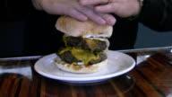 Monster Burger. video