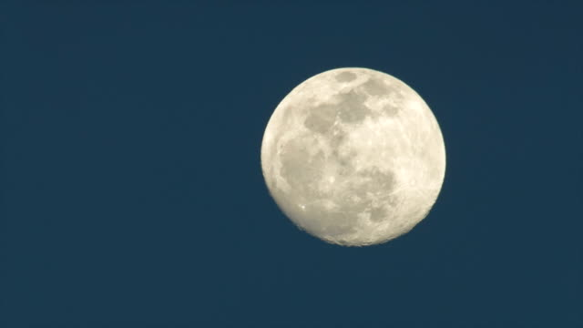 Moonrise | Close-Up | Sky | Time Lapse video