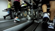 more athletes go about their regular exercise - walking on a treadmill, they are preparing is not the first day, and go to his goal video