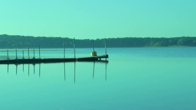 Morning Light Jetty on Lake video