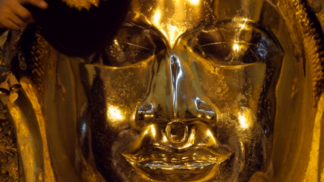 Morning Ritual of Face Cleansing of Mahamuni Buddha, Mandalay, Myanmar (Burma) video