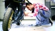 Motorcycle engine maintenance. video
