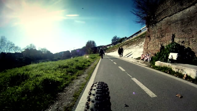 Mountain Bike Timelapse by the Tiber River in Rome video