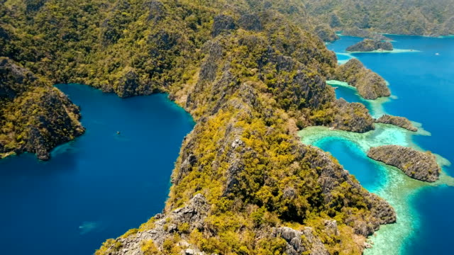 Mountain lake Barracuda on a tropical island, Philippines, Coron, Palawan video