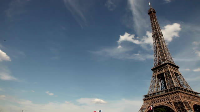 Moving Shot of the Eiffel Tower, Paris video