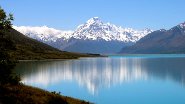 Mt Cook with beautiful water reflection on lake Pukaki, New Zealand video