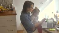 Multi-tasking mom 4K video