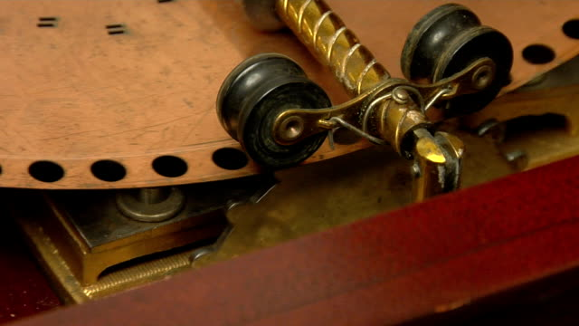 music box mechanism cu video