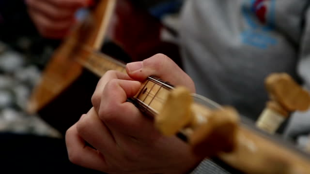 musical instruments video