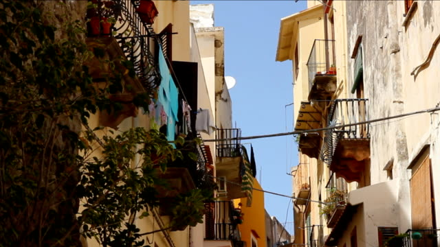 Narrow Alley in Italy, Lipari video