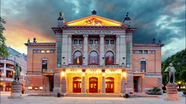 National theater of Oslo, Norway - Time lapse video